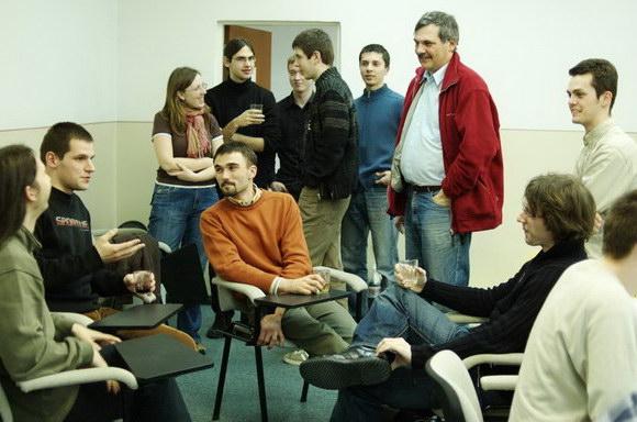 ontozur2007-03